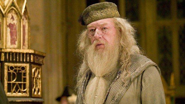 Animales Fantásticos y Dónde Encontrarlos: Dumbledore podría declararse abiertamente gay durante la saga