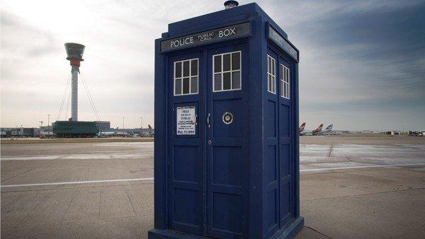 Doctor Who: Construyen la Tardis con bloques de LEGO