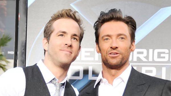Así han felicitado a Ryan Reynolds por su estrella en el Paseo de la Fama