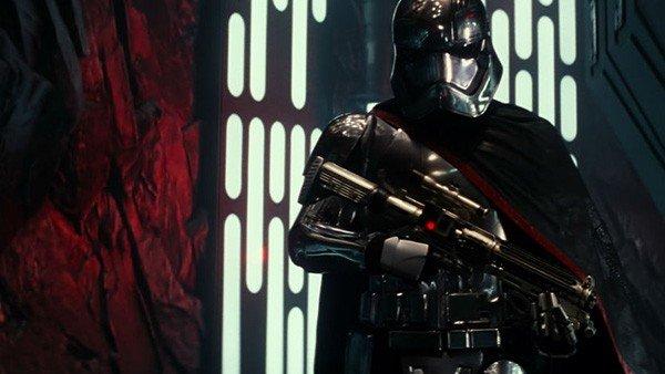 Star Wars: Los Últimos Jedi: Veremos el rostro de la Capitán Phasma