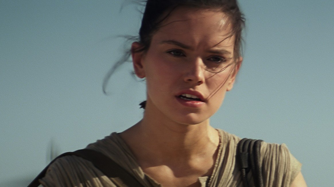 Star Wars VII supera los mil millones de dólares recaudados