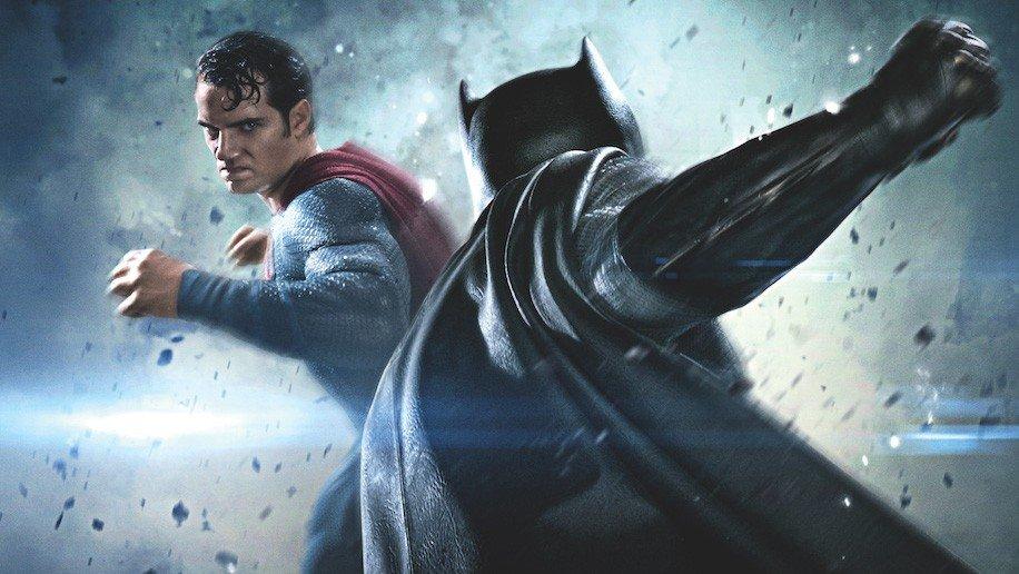 Batman se burla del infalible disfraz de Superman