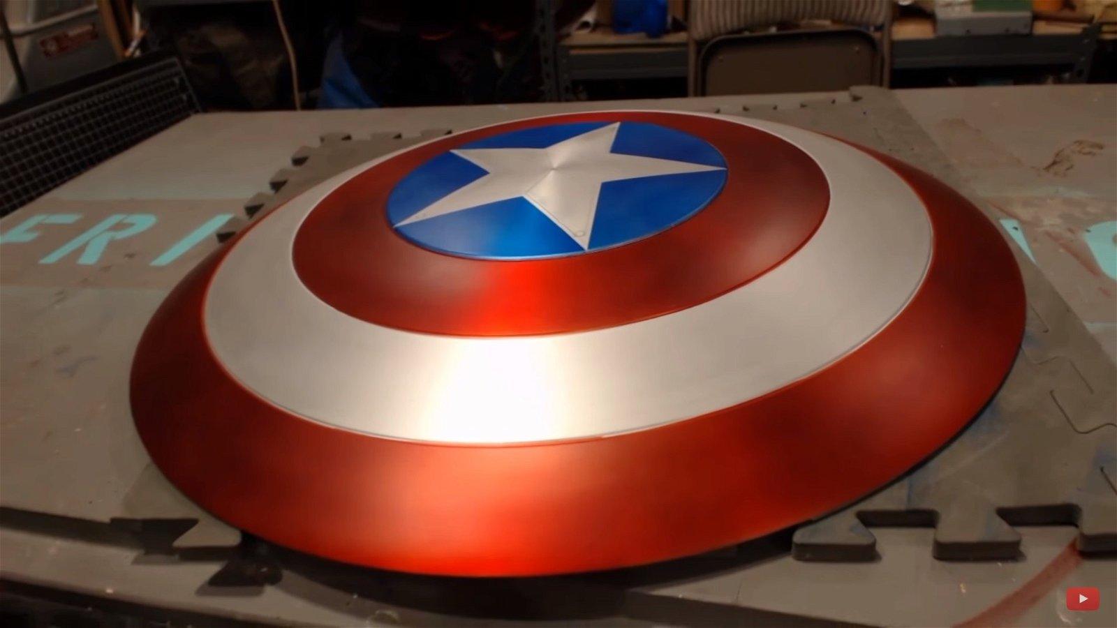 Construyen el escudo de Capitán América en la vida real