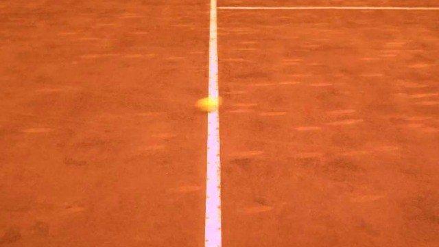 Un juego mide si serías buen juez de línea en un partido de tenis