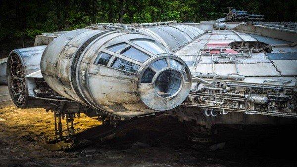 Star Wars: Episodio VIII muestra nuevas imágenes del Halcón Milenario