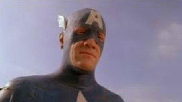 Twitter exige que le busquen novio al Capitán América