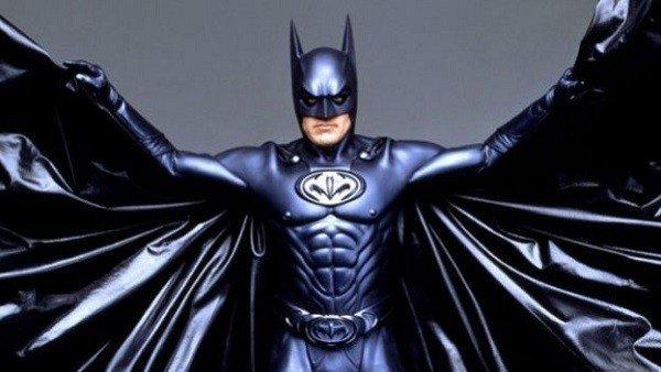 Los trajes de superhéroes más controvertidos en las adaptaciones al cine