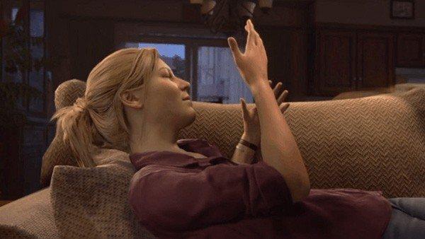 Uncharted 4 tiene un bug que elimina a Nathan de una escena con Elena