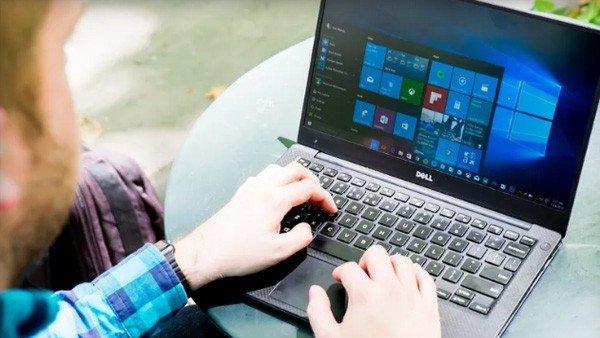 Usuaria demanda a Microsoft por Windows 10 y gana 10.000 dólares