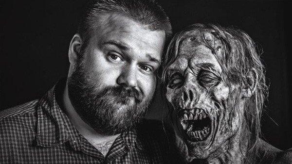 The Walking Dead: Un zombie hace creer a los fans que es Robert Kirkman