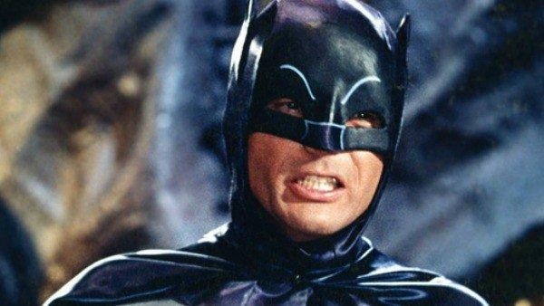 Batman: Return to Arkham, retrasado indefinidamente