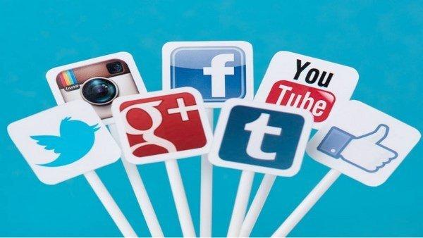 Los extranjeros tendrían que revelar su actividad en redes sociales para entrar a Estados Unidos