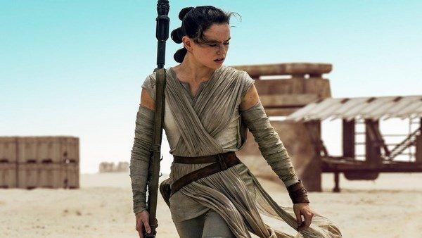 Star Wars: J. J. Abrams desmonta dos teorías sobre Rey