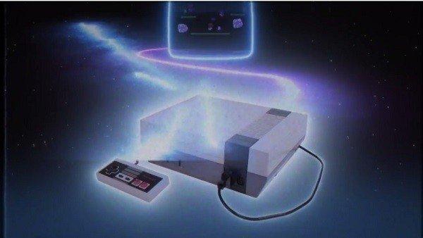 La versión mini de Nintendo NES cuenta con este spot retro