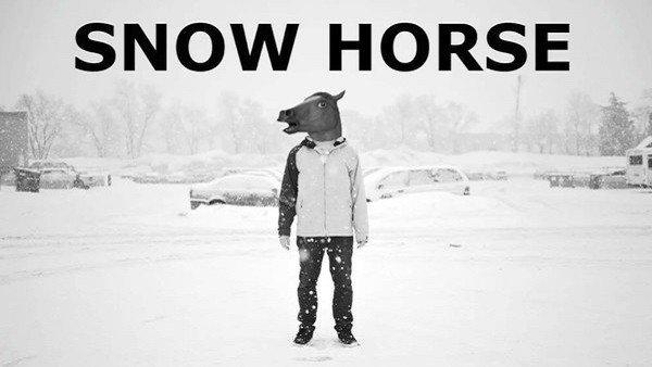 Snow Horse: El videojuego definitivo en el que un caballo hace snowboard