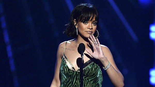 Pokémon GO: Rihanna pide a sus fans que no jueguen durante su concierto