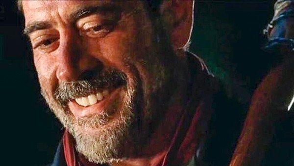The Walking Dead: La escena de la víctima de Negan es la más fiel al cómic de toda la serie