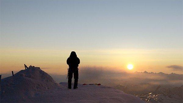Ya puedes escalar el Everest en realidad virtual con Everest VR