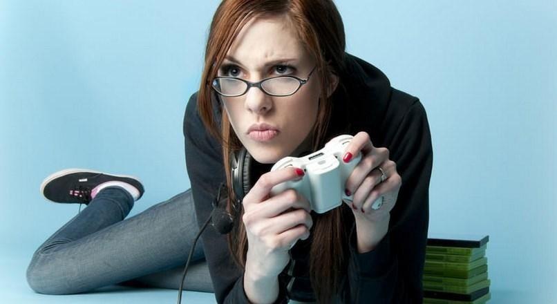 El creador de Commandos la lía con declaraciones sobre las mujeres en los videojuegos