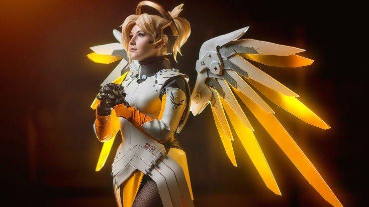 Overwatch: Mercy ya cuenta con el perfecto cosplay