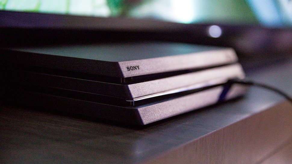Microsoft sigue atizando a PlayStation 4 Pro: