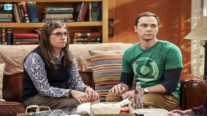 The big bang theory sheldon recibir a una inquilina en for Decoracion piso big bang theory
