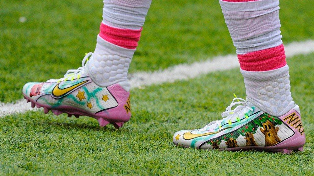 Kirby llega a la NFL en forma de bota