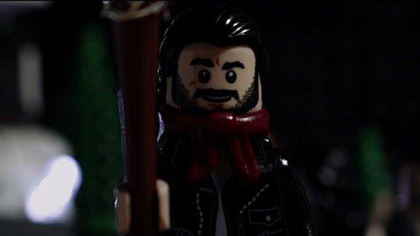 The Walking Dead ya cuenta con una versión LEGO de su escena más traumática