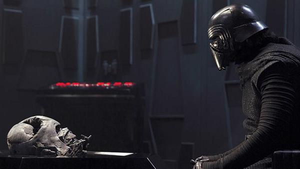 Star Wars: Episodio VIII mostrará un Kylo Ren más parecido a Darth Vader