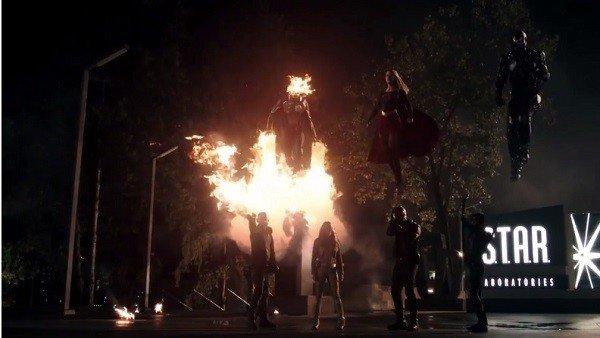 Invasion!: El crossover de The Flash, Legends of Tomorrow, Supergirl y Arrow publica su tráiler extendido
