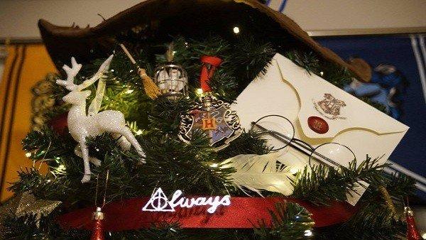 Harry Potter: El árbol de Navidad que te hará creer en la magia