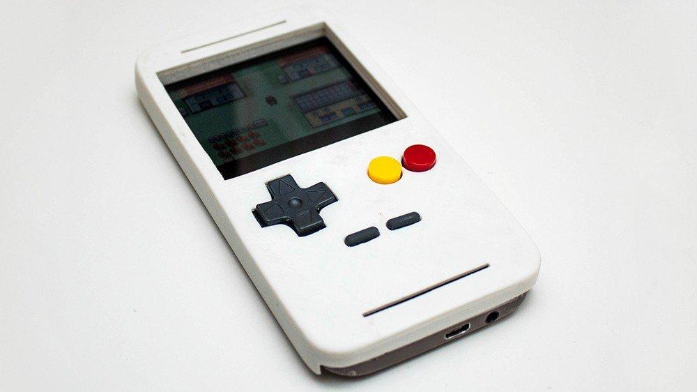 Un fan de Game Boy transforma su smartphone en la popular consola portátil