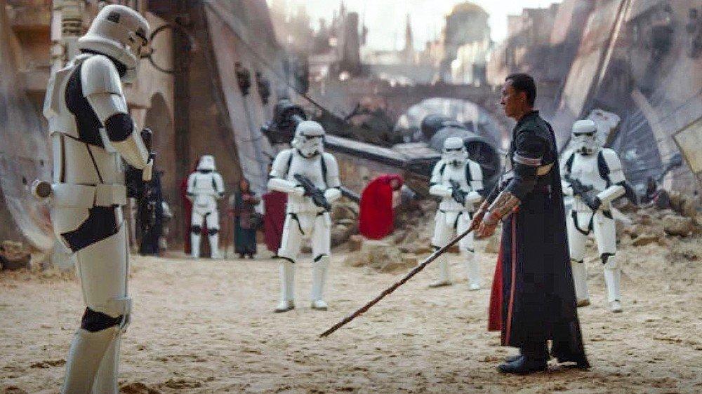 Star Wars: Hot Toys reproduce el enfrentamiento entre Chirrut Îmwe y los stormtroopers en Rogue One