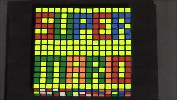 Super Mario presenta una obra de arte recreada con cubos de Rubik