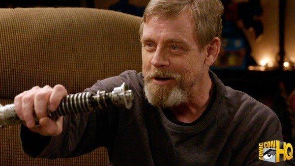Star Wars: Mark Hamill se reúne con la espada láser del Retorno del Jedi