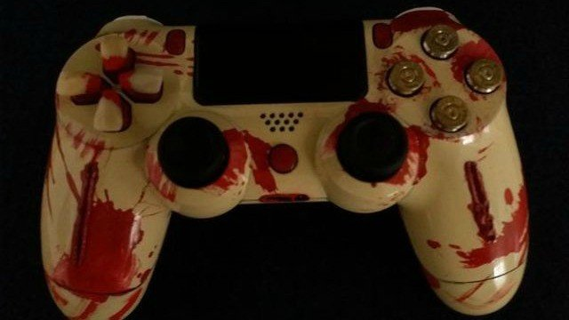 Resident Evil inspira este genial y a la vez grimoso mando para PlayStation 4
