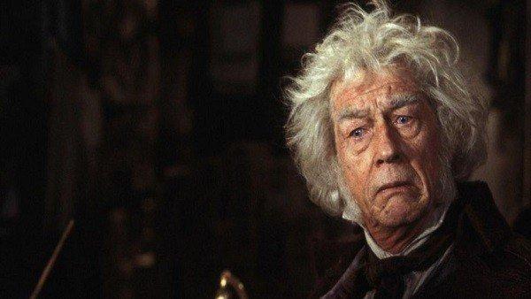 Harry Potter: Los aficionados a la saga rinden homenaje a John Hurt
