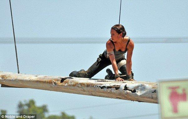Tomb Raider: Primeras imágenes de Alicia Vikander como Lara Croft