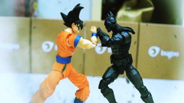 Batman y Goku se enfrentan en una batalla en Stop Motion