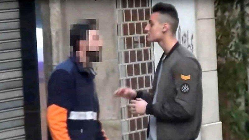 """El repartidor del famoso """"cara anchoa"""" es multado con 30 euros por abofetear al youtuber"""