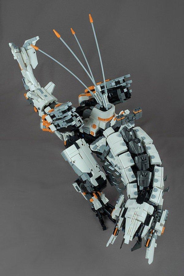 Horizon: Zero Dawn presenta a una de sus máquinas construidas con piezas de LEGO