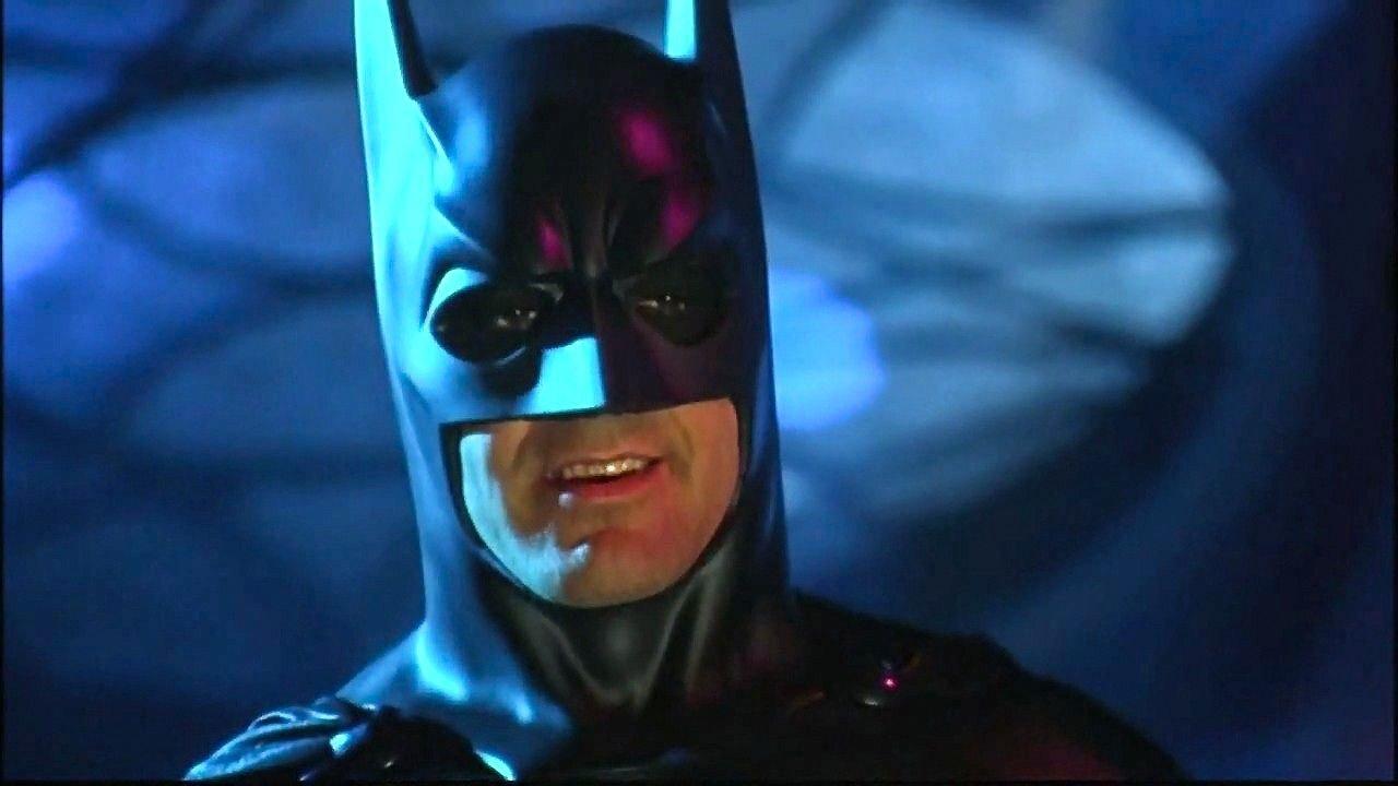 Batman: George Clooney reniega de su versión del Caballero Oscuro
