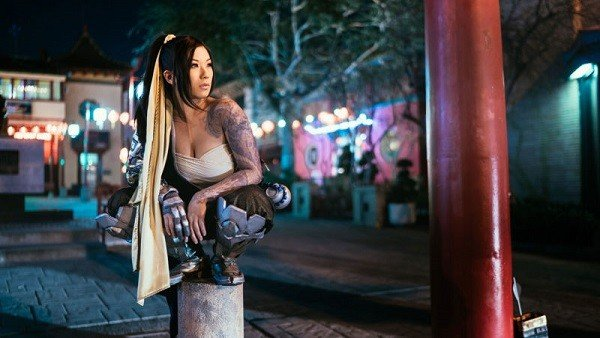 Overwatch cuenta con este increíble cosplay femenino de Hanzo