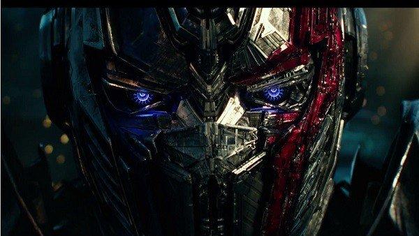 Transformers: El último Caballero presenta un nuevo tráiler