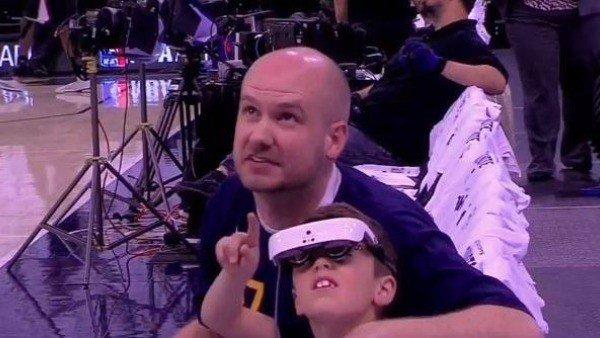 Un equipo de la NBA hace posible que un niño sin apenas visión vea su partido