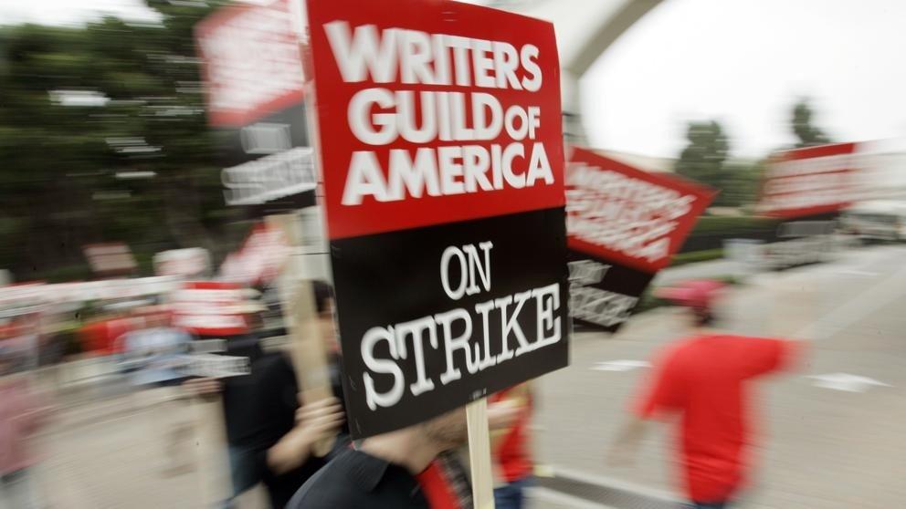 Los guionistas de Hollywood no irán finalmente a la huelga