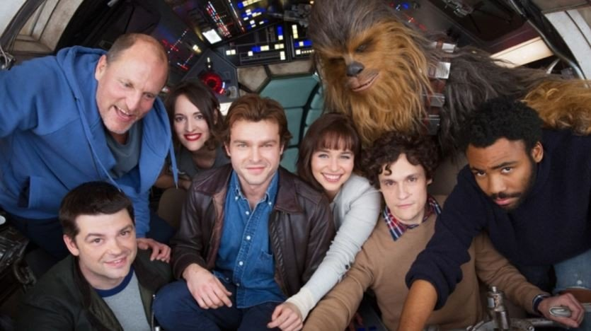 Star Wars: Ron Howard deja ver nuevas imágenes del spin-off de Han Solo