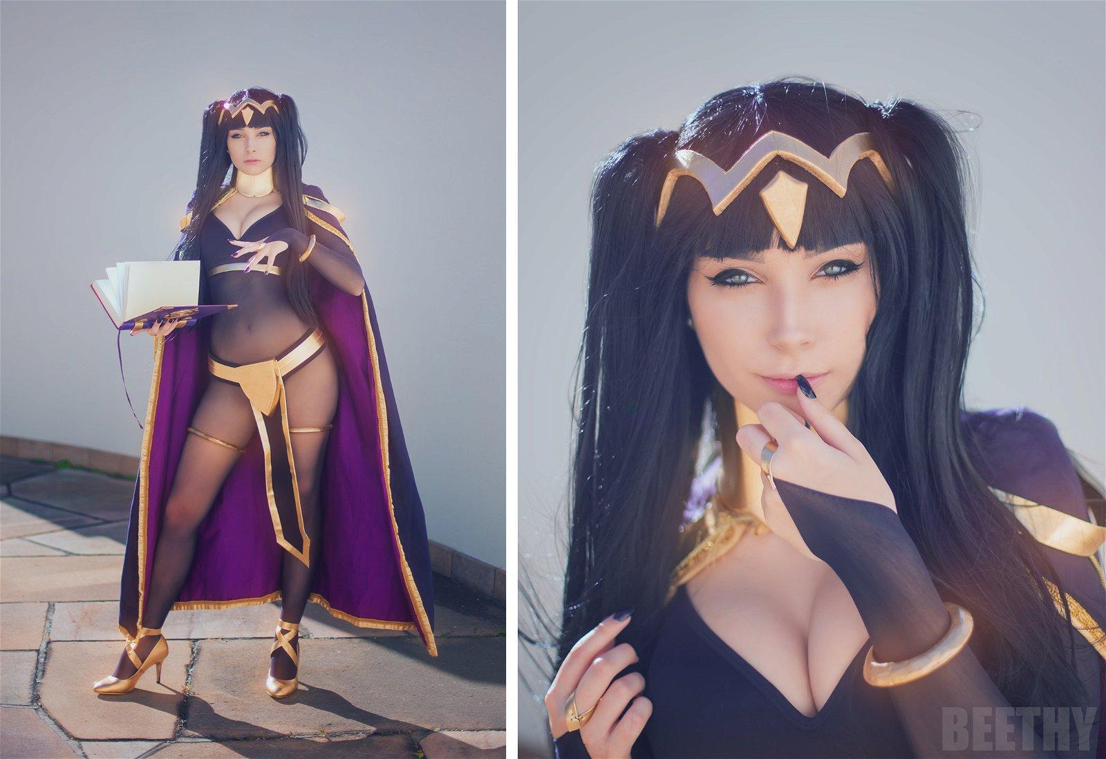 Fire Emblem Awakening: Alucina con este cosplay de Tharja